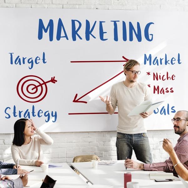 BYB - Business and Marketing Magazine